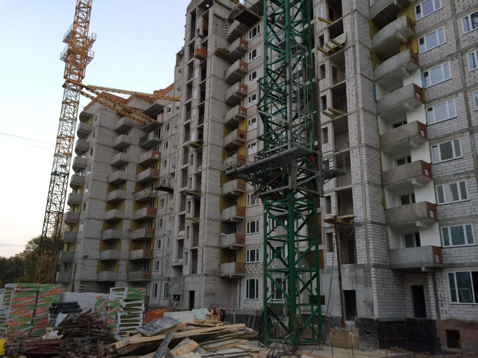 Работа: Монолитное строительство Москва: 52 вакансии Требуются строители на монолитные работы